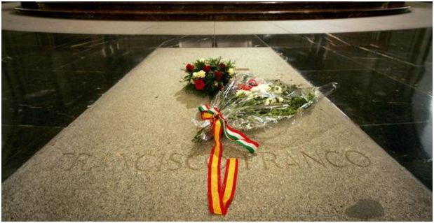 El Gobierno blindará por ley la exhumación de Franco para evitar un litigio judicial