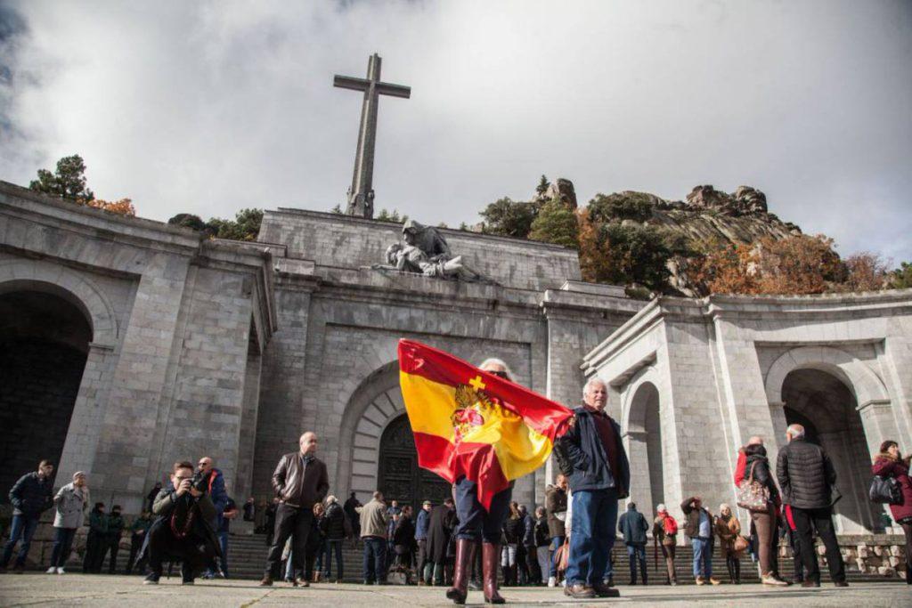 EL GOBIERNO APROBARÁ EL VIERNES EL ACUERDO PARA EXHUMAR LOS RESTOS DE FRANCO