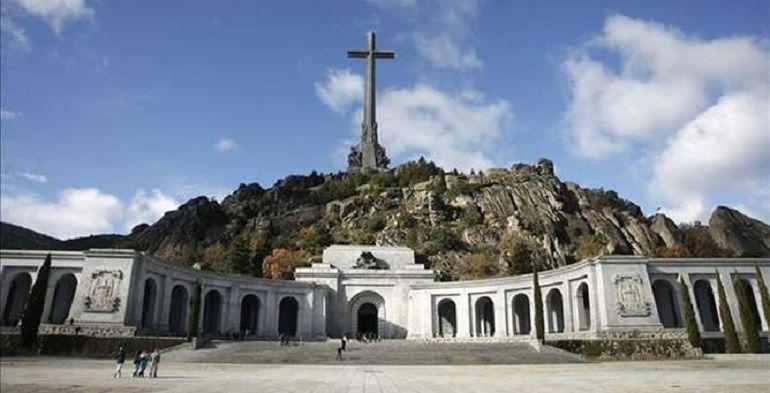 LOS BENEDICTINOS DEL VALLE DE LOS CAÍDOS RECURREN ANTE EL SUPREMO EL ACUERDO DEL GOBIERNO PARA EXHUMAR A FRANCO