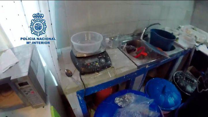 LA POLICÍA DESMANTELA UN LABORATORIO CLANDESTINO DE COCAÍNA EN VALDEMORILLO