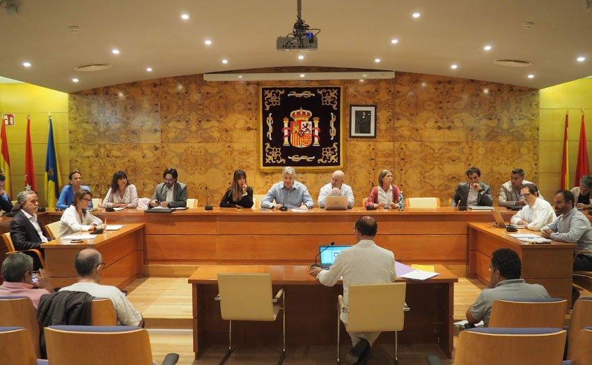 Torrelodones aprueba la adjudicación del contrato de recogida de basuras y limpieza urbana