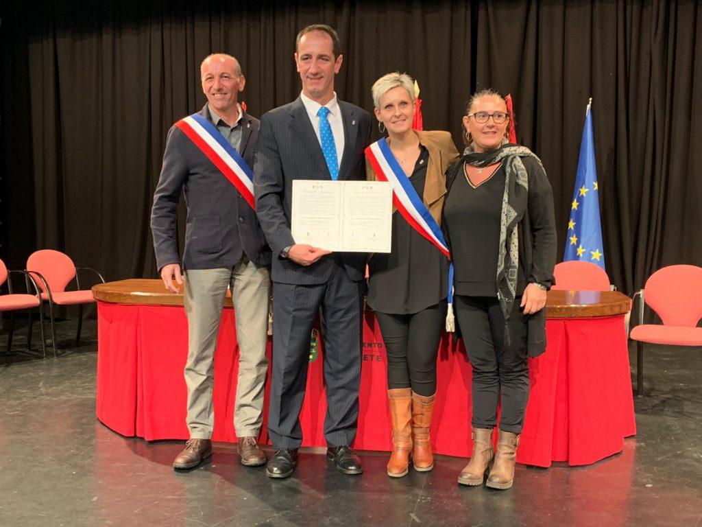 Alpedrete y Lançon-Provence firman una carta de amistad, como inicio del futuro hermanamiento entre las ciudades