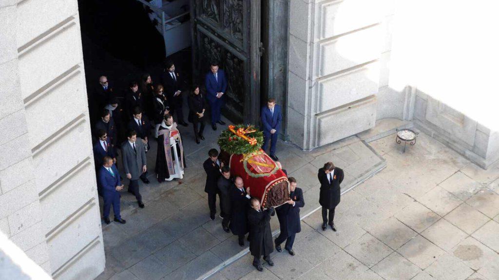 MÁS DE UNO SIERRA – Retransmisión sobre Exhumación Franco desde el Valle de los Caídos