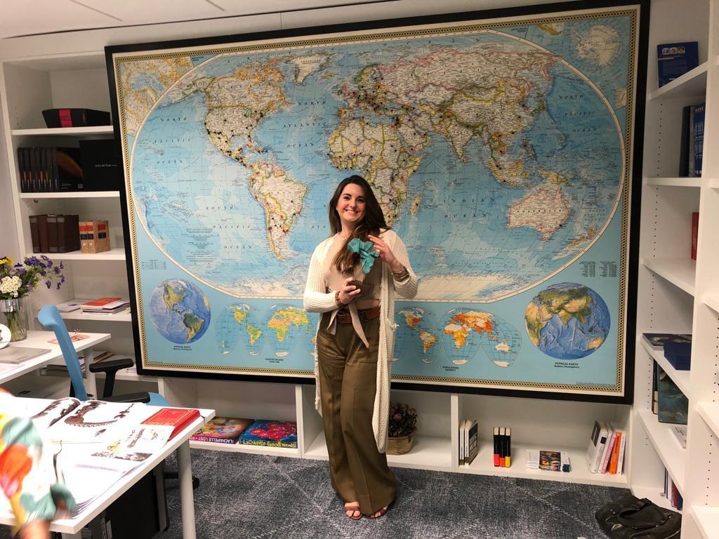 María de Frutos, profesora del taller de restauración de Guadarrama, diseña los Premios Saliou Traoré