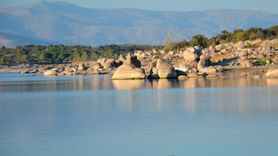 Los embalses madrileños inician el año hidrológico a la mitad de su capacidad