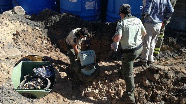 Un juez investiga una denuncia de Cs por el hallazgo de 800 kilos de pilas en la dehesa de Valdemorillo