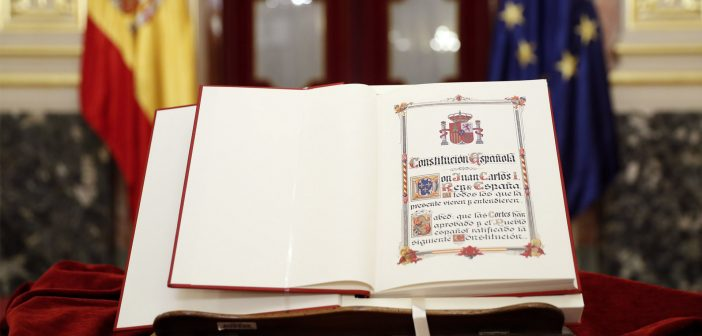 San Lorenzo de El Escorial celebra el Día de la Constitución