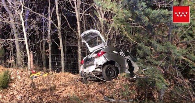 Muere una mujer al perder el control de su vehículo y chocar contra un árbol en el municipio de Los Molinos