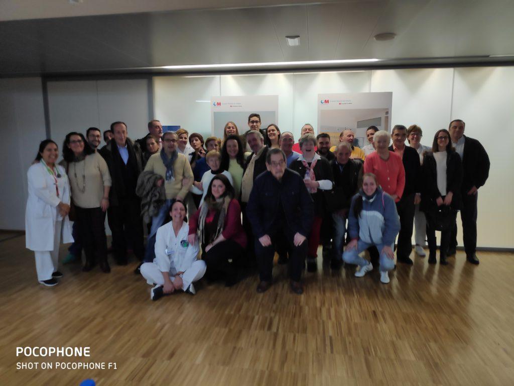 La UCI del Hospital General de Villalba se reencuentra con ex pacientes graves para celebrar su recuperación y la mejora de su calidad de vida