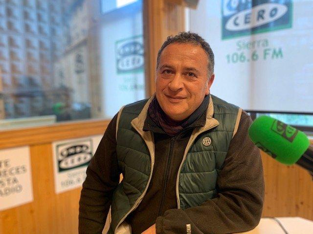 MÁS DE UNO SIERRA – Escuela Fenixcan para el «no» abandono y la «sí» adopción