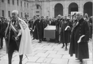San Lorenzo disfruta de la exposición «Madrid años 20. Imágenes inéditas del Archivo ABC»